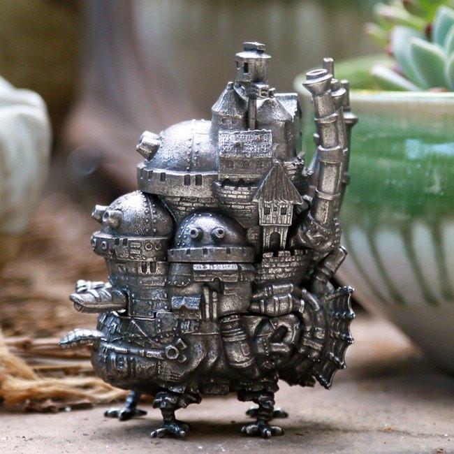 Howl's Moving Castle limited edition Mini Castle Figure - ghibli.store