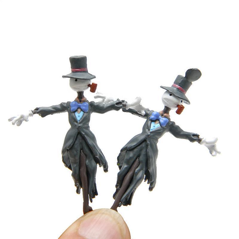 Howl's Moving Castle Kakashi Kabu Figure - ghibli.store